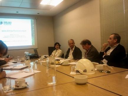 Diálogo Florestal é apresentado no Chile