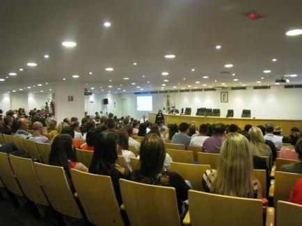Diálogo Florestal participa de audiência sobre eucalipto transgênico