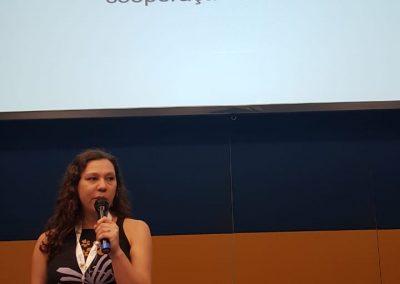 Fernanda Rodrigues, secretária executiva do DF, dá boas-vindas aos participantes do evento. Foto: Miriam Prochnow.