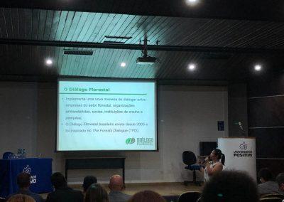 Participantes do Seminário Regional do Fórum PR e SC. Foto: Djulia de Azevedo.